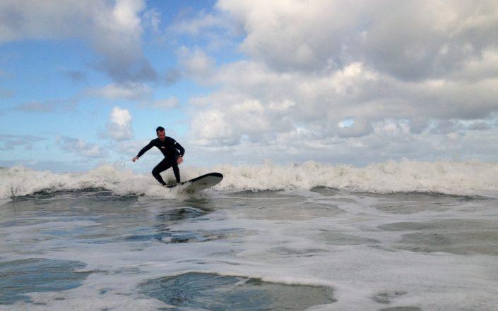 Surfer sur des plages mythiques