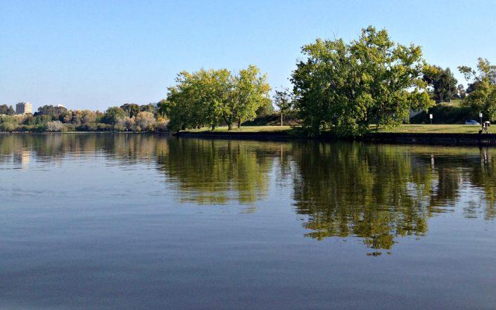 Expérience surréaliste sur un lac salé